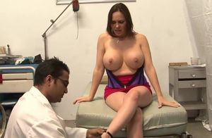 Hefty fitted MILF, Raquel Sieb, gets..