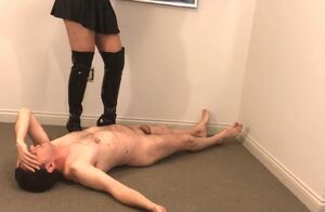 Ballbusting: Domina Kristyna Dark  the..