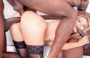 4 Ebony Dudes for Blondie Nymphomaniac..