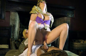 Katy Jayne In Zelda Skin of the..