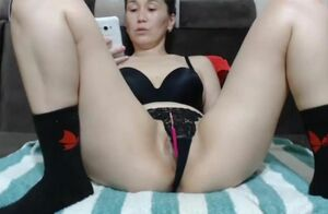 mature chinese mommy on web cam 3